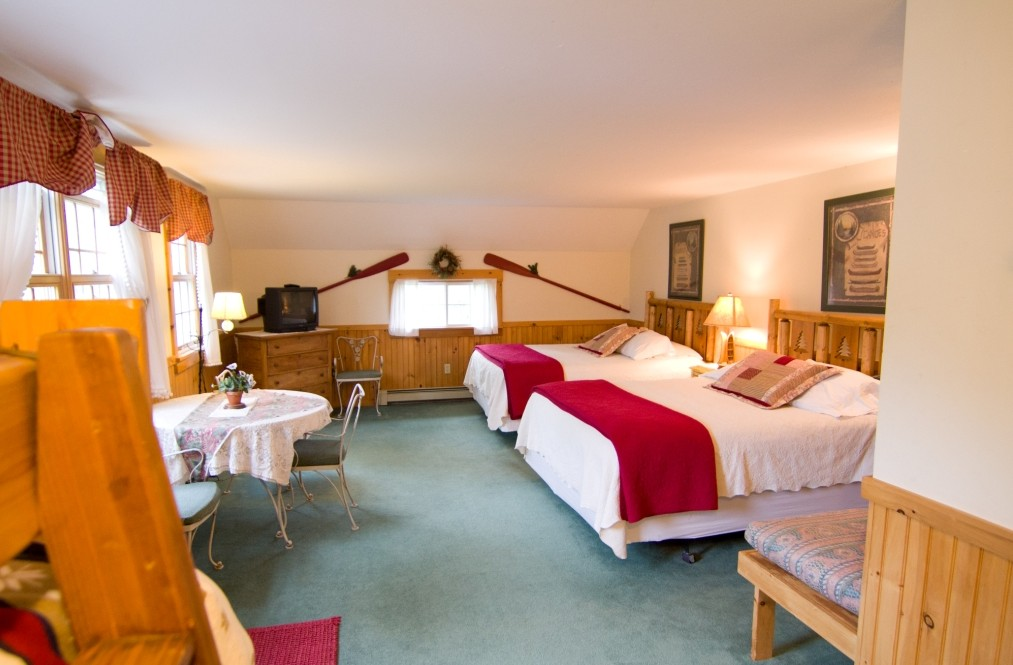 Mountain Fare Inn Mad River room image